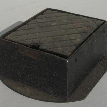 Manhole Covers & Lifting Keys