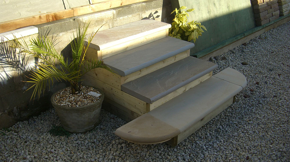 Hardstone Accessories - steps and copings
