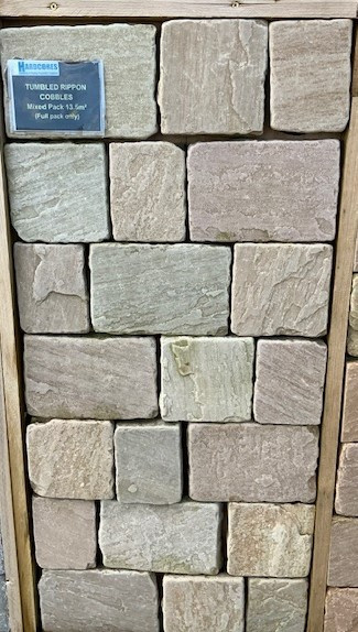 Hardstone - Indian Sandstone Cobbles (Setts) - Tumbled Rippon Buff - Mixed Sizes Packs